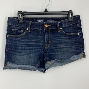 Mossimo 6 mid rise midi distressed jean shorts